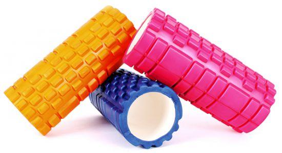 kolorowe foam rollery do masażu