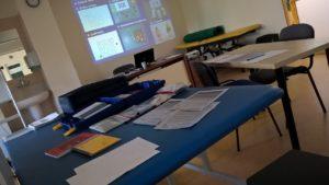 stol-z-przyrzadami-do-diagnoztyki-monachijska-funkcjonalna-diagnostyka-rozwojowa
