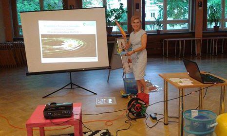 """Magdalena Rusiecka-Serwatka na warsztacie edukacyjnym """"Dzieci lubią ruch"""""""