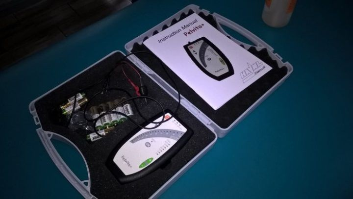 aparat do elektrostymulacji i biofeedbacku miesni dna miednicy